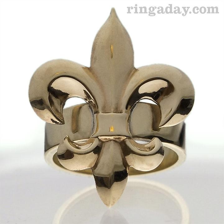 Brass Fleur De Lis ring